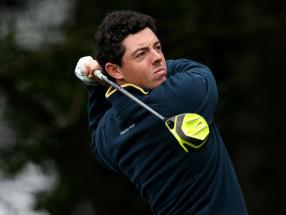 McIlroy held up by unexpected delay